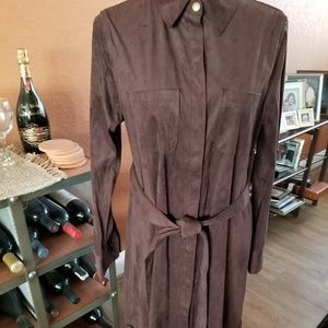 Lovely work/casual dress. Great with boots